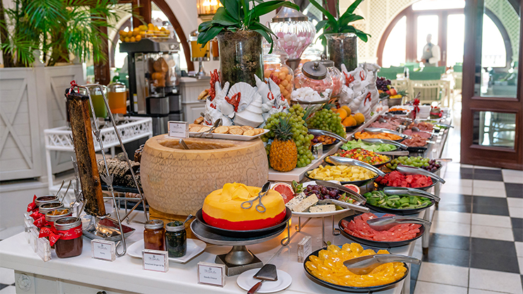 Extraordinary Buffet Breakfast for Two
