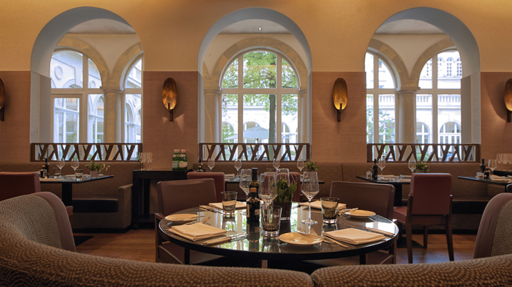 3-course menu 'Villa Kennedy' for two